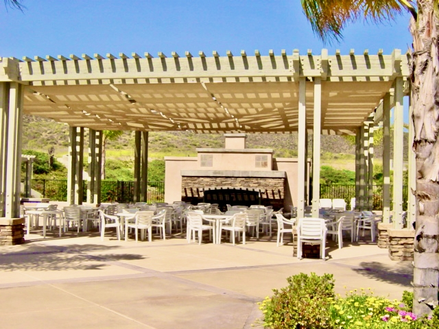 Menifee Oasis - Clubhouse Patio